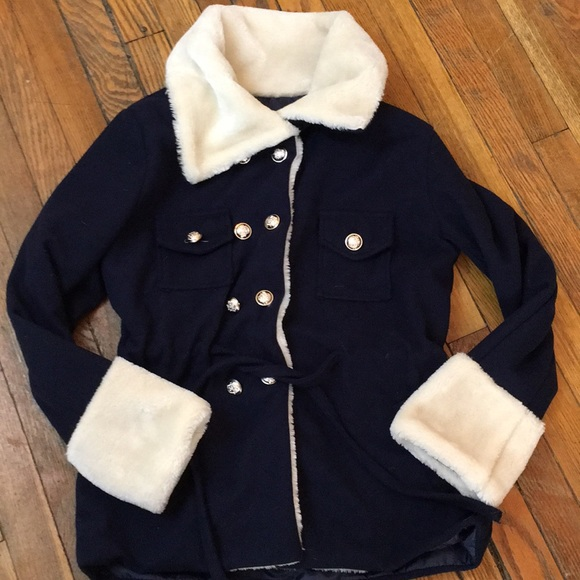 Xue Lian Hue Fashion Jackets & Blazers - XUE LIAN HUE Fashion Coat. Navy/cream. Size L.
